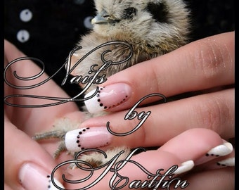 Spring Chic Artificial Nail Art