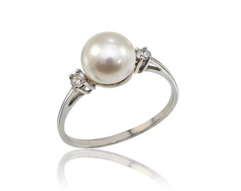 Pearl Engagement Ring, June birthstone Ring, Pearl and Diamonds Gold Ring, Dainty 14K Pearl Ring, Wedding Band, Pearl Jewelry, Bridal Ring