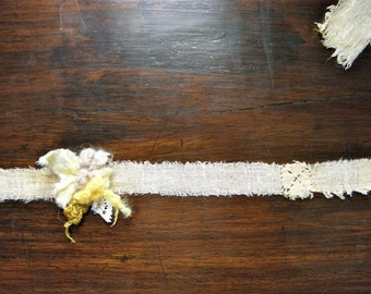Antiqued Mode Felt Flower Headband for New Born Baby Photo Prop/ Gift Wrapping Ribbon, Slow design. momoish made.