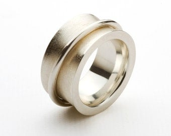 Ring sterlingsilver double ring moving polished and matt finished surface