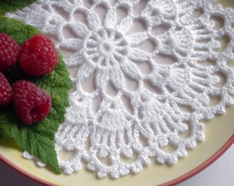 Small crochet doily White lace doily Handmade cotton lace doilies Small crochet doilies Centerpiece coaster 202