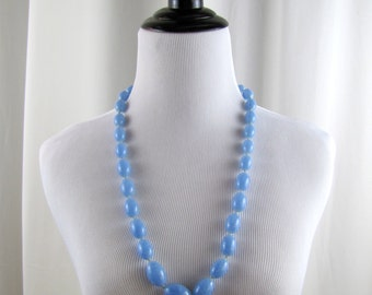 Vintage Blue Graduated Beaded Necklace | 1960s