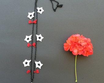 Beaded Crochet Necklace, Chain Necklace, Oya Beaded Necklace, Flowers Necklace, Statement Jewelry, Crochet Jewelry, Women's Gift, Beadwork