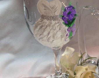 Wedding Glasses, Wedding Dress, Bridal Party, Handpainted Wine Glasses, Personalized Bridesmaids, Maid of Honor and Bride Wine Glass