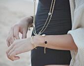 Tiny chain bracelet - long links