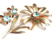 Aqua Flower WWII Brooch And Earrings 1940s Jewelry Sterling Silver Vintage Rhinestone 10K Gold Wash 1940s Collectible