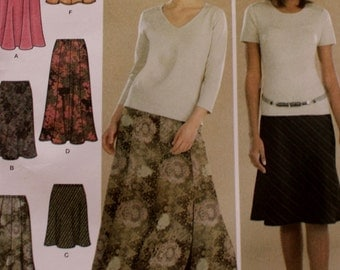 Pull On Gored Skirts /Simplicity Pattern 4881 /Sewing Pattern /Two Hour