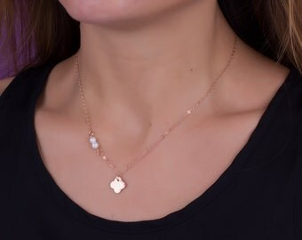 """Clover necklace / Pearl necklace / Good luck necklace, rose gold filled necklace, rose gold pearl necklace, clover necklace, """"Pothus"""