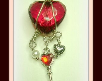 The key, heart necklace