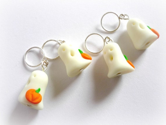 Stitch markers: Glow in the dark ghosts with pumpkins, snag free polymer clay markers (set of 4) - UK seller