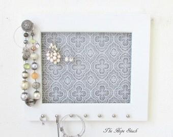 Jewelry Organizer - Jewelry Holder Quatrefoil Frame 7 silver hooks & Jewelry Bar