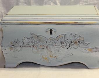 Hand painted jewelry box / by p. allen / jewelry organizer / vintage jewelry box / Shabby Chic jewelry box / heavy distressed jewelry box