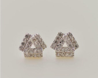 925 Sterling Silver Triangle Shining Fashion Silver Stud Earrings 664