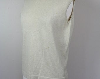 1960s creme wool tank top, sleeveless knit top, casual top, medium, large, size 6 to 8