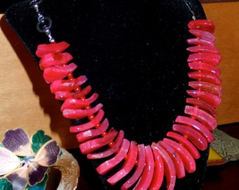 "Hot pink Agate Tusk necklace 21"" with skulls"