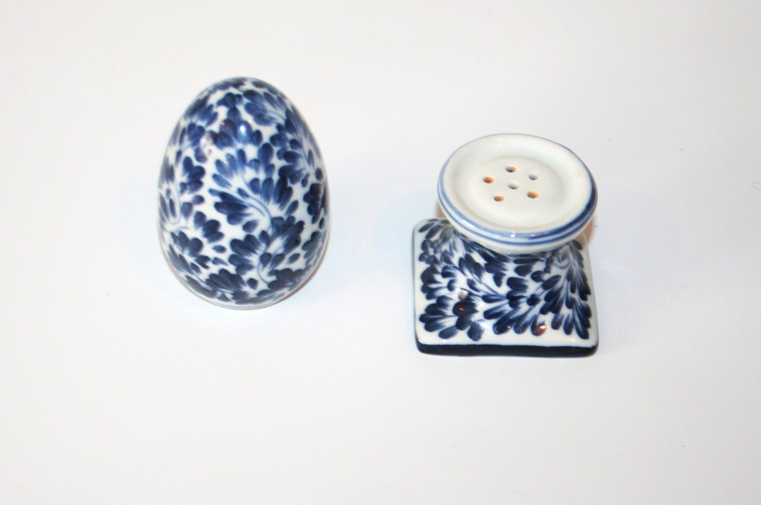 Vintage Salt And Pepper Pots From Thailand Hand Crafted