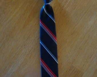 Vintage Boy's Black and Red Clip on Tie