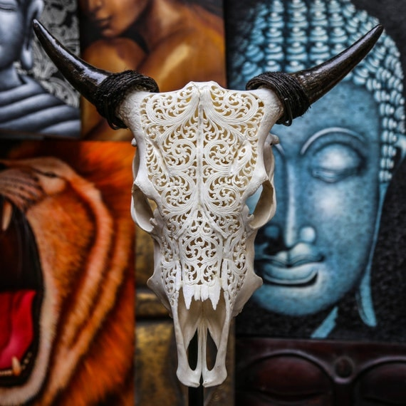Beautiful hand carved steer cow skull with horns bull