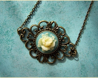 Necklace with Cameo flower