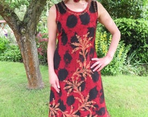 Vintage Indian Dress Sleeveless Tie Dye Effect Red Tones with Leaf Pattern and Embroidery