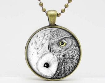 Owl Yin Yang Snowy Owl and Barn Owl  Art  Glass Pendant or Key Chain- 30 mm round- Chain Included- Made to Order