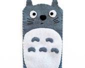 "Felt iPhone pocket ""Totoro"""