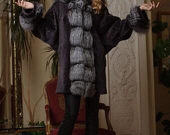 Mouton and Silver Fox Bat-shaped Natural Real Fur Coat Fur-coat Furcoat with silver fox trim