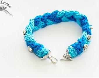 Boho Chic hippy hippy shake Blue Crochet Bracelet