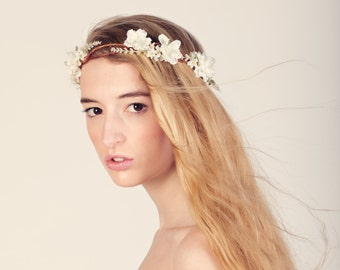 Boho bridal hair crown, Flower crown, Woodland wedding head piece, white flower crown, Bridal headpiece - SONATA