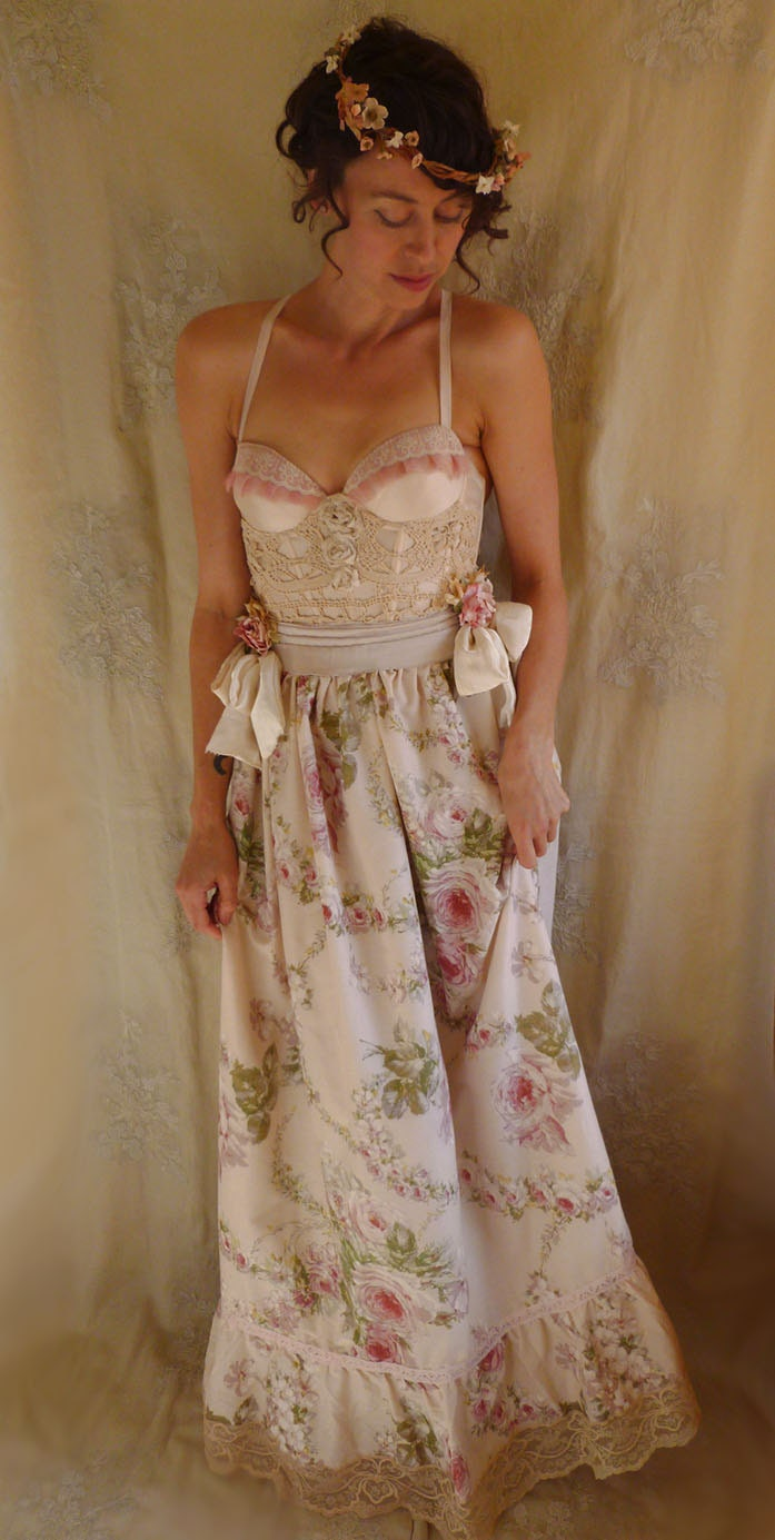 reserved sale bohemia bustier gown wedding dress whimsical. Black Bedroom Furniture Sets. Home Design Ideas