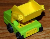 fisher price Little People FORKLIFT LIFT and LOAD construction truck