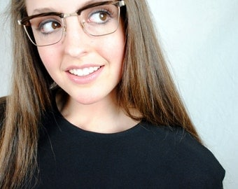 Vintage 1950s S/C Metallic Bronze Horn Rim Cat Eye Frames Glasses