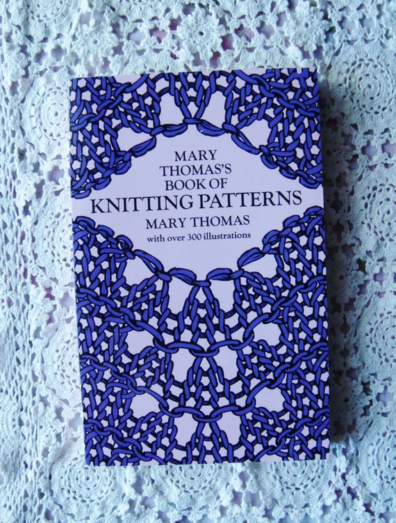 Items similar to Mary Thomass Book of Knitting Stitch Patterns, Illustra...