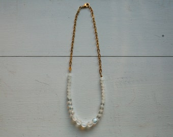 Frosted white and gold chain necklace