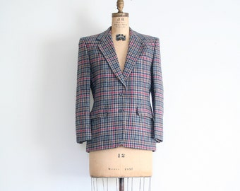 Aquascutum wool plaid ladies blazer - 1970s preppy jacket / English Punk - vintage 70s blazer / England - traditional check