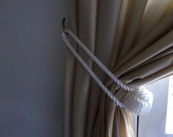 Nautical White Rope Knotted Tie Back Monkey Fist Knotted Double Looped Pull Back Curtain Ties