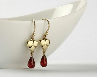 Garnet earrings, gold Garnet earrings, January birthstone earrings, 14k gold earrings, Garnet dangle earrings