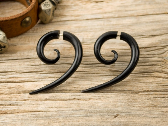 Fake Gauges Earrings Horn Earrings wave half hook Spiral Tribal Earrings - Gauges Plugs Bone Horn - FG018 H G1