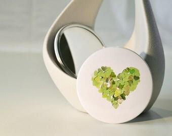 Green heart pocket mirror