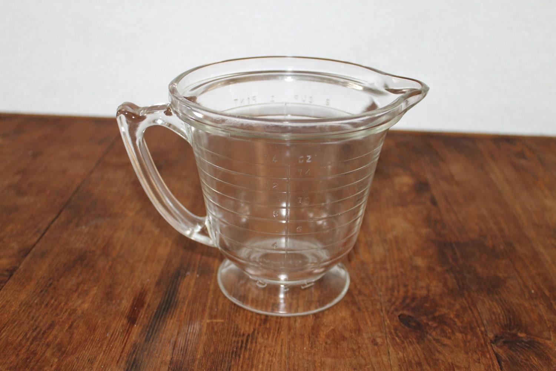Vintage Measuring Cup 89
