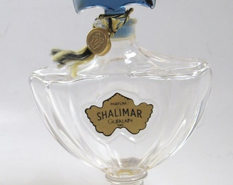 Vintage GUERLAIN Shalimar PARIS 1 Ounce French Crystal Glass Perfume BOTTLE..Cord & Logo Tag Label..Made in France..Avant Garde Nouveau