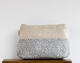 makeup bag // grey + white dot and linen zipper pouch // cosmetic storage