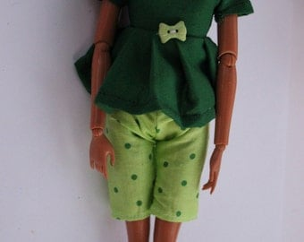 11.5 inch doll clothes - green shirt/shorts outfit  (23 and 14)