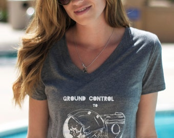 Astronaut Skeleton // Ground Control to Major Tom // David Bowie // Ladies Screenprint Art T Shirt