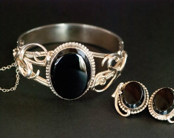 Whiting Davis Bracelet  Silver tone Bangle  Black Lucite with Matching Clip on Earrings