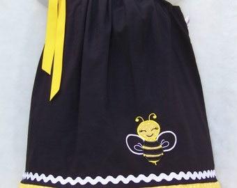 Bee Pillowcase Dress / Black / Yellow / Girly / Birthday / Newborn / Baby / Girl / Infant / Toddler / Handmade / Custom Boutique Clothing