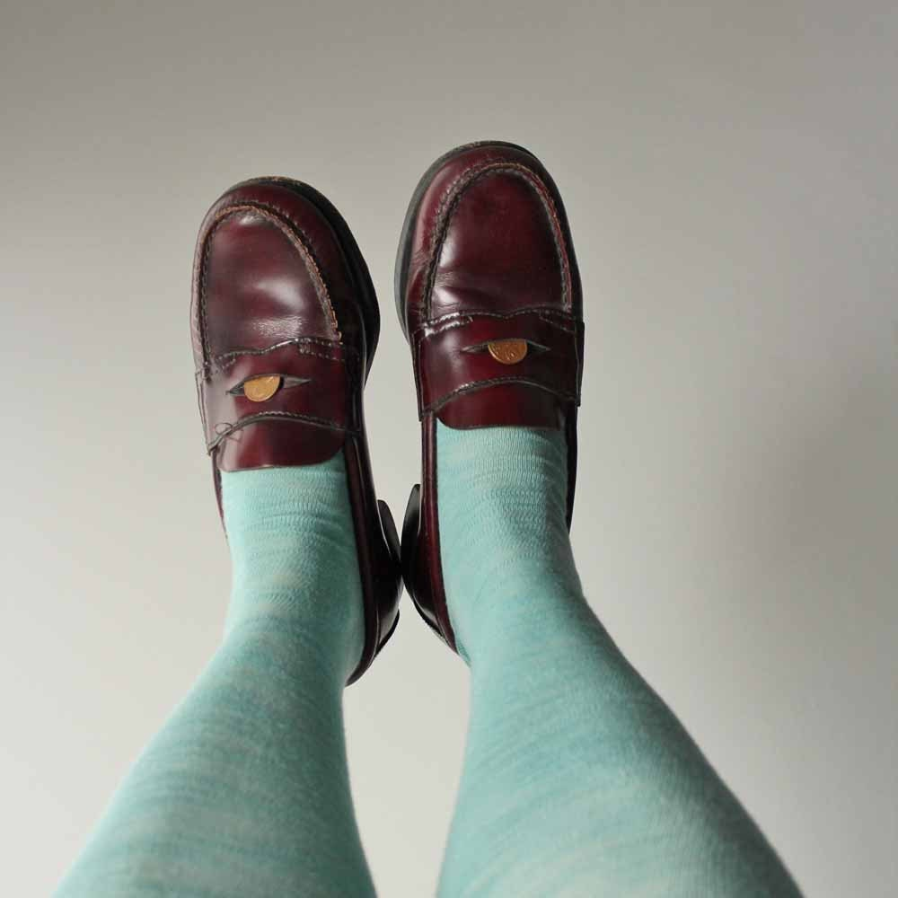 vintage burgundy Bass Weejuns penny loafers womens size 7.5