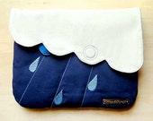 Clutch Purse / Pouch - Cloudy Days Clutch (Cream Dark Blue)