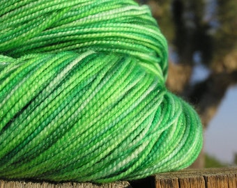 Fingering Weight Yarn - merino nylon and stellina - Viridis