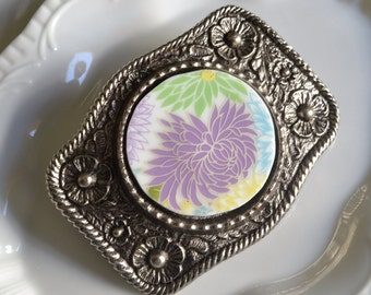 Simple Circle Recycled China Belt Buckle - Modern Purple Flower